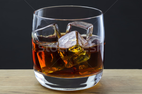 Whiskey kövek nagy jégkockák ital whisky Stock fotó © paulfleet