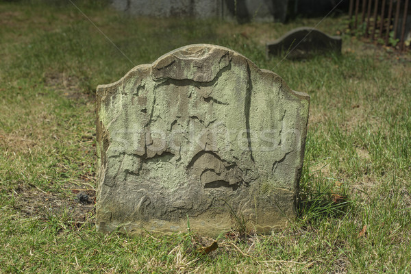 古い 墓石 埋もれた 古代 風化した ストックフォト © paulfleet