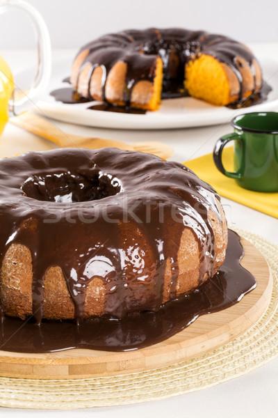 Bolo de cenoura chocolate fatia tabela bolo branco Foto stock © paulovilela