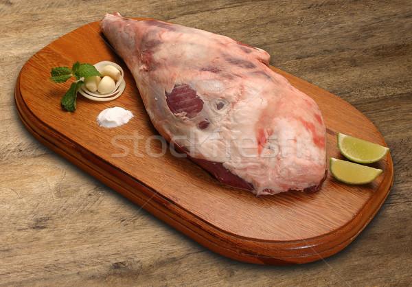 Nyers disznóhús sonka láb fából készült piros Stock fotó © paulovilela