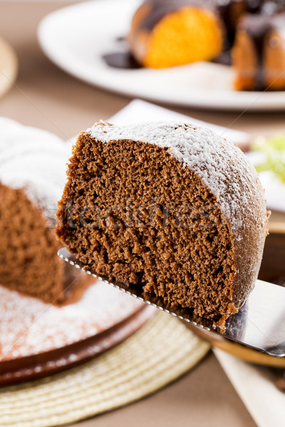 Bolo de chocolate tabela bolo de cenoura bolo branco cozinhar Foto stock © paulovilela