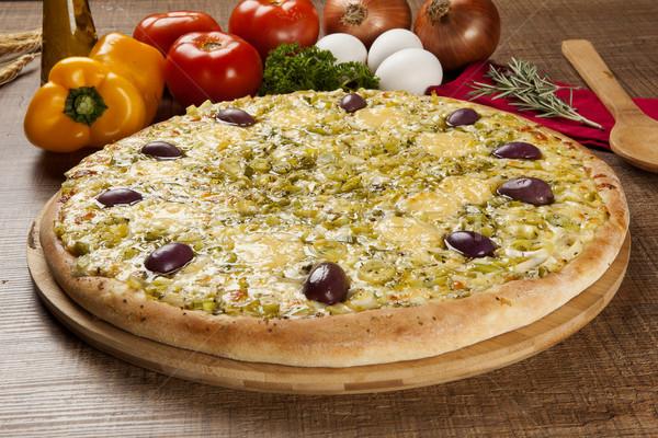 Tradizionale italiana pizza legno ingredienti formaggio Foto d'archivio © paulovilela