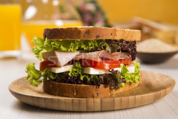 Sandwich bianco piatto Turchia seno pomodoro Foto d'archivio © paulovilela