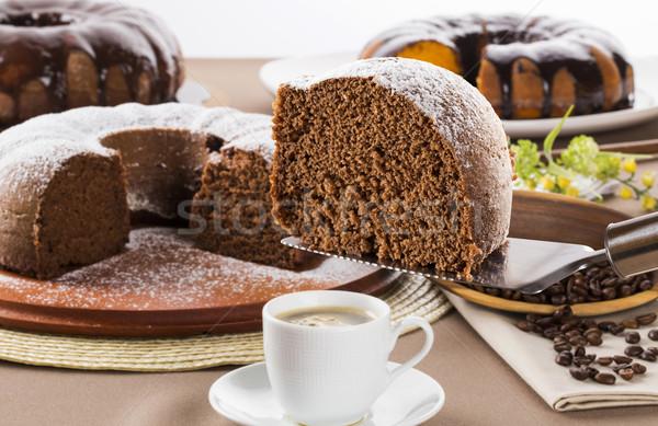 Csokoládés sütemény asztal répatorta torta fehér főzés Stock fotó © paulovilela