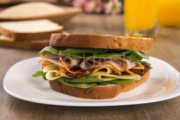 Sándwich blanco placa Turquía mama tomate Foto stock © paulovilela
