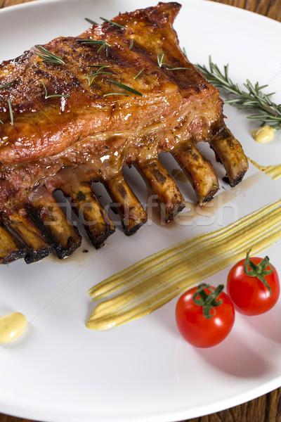 ízletes grillezett borda zöldségek tábla egészség Stock fotó © paulovilela
