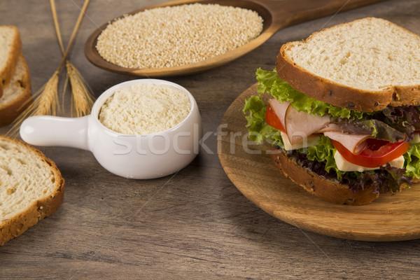Naturale sandwich arancione formaggio cena insalata Foto d'archivio © paulovilela