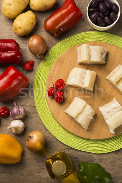 Salado mesa de madera ingredientes peces crudo alimentos Foto stock © paulovilela