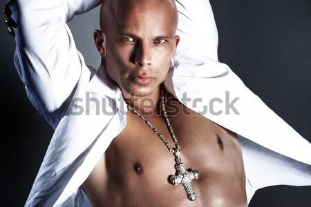 Stock fotó: Fotó · jóképű · férfi · jóképű · kopasz · férfi · pózol