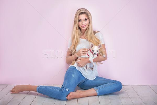 Modny różowy piękna kobieta długie włosy Zdjęcia stock © PawelSierakowski