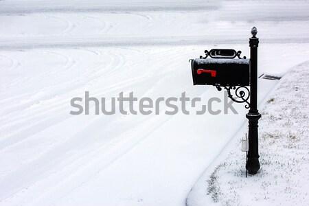 Mailbox zwarte gedekt vers witte sneeuw Stockfoto © pazham