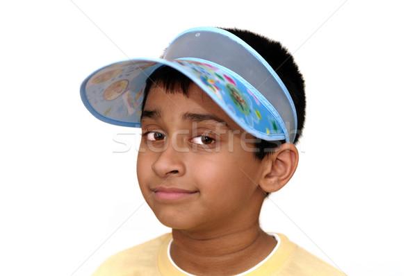 Külső jóképű indiai gyerek mosolyog kamera Stock fotó © pazham