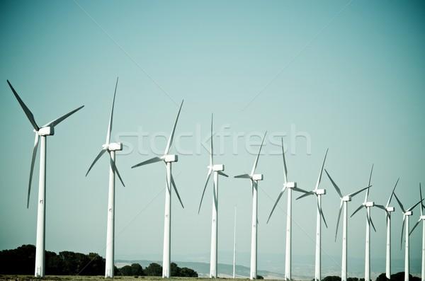 Viento energía grupo eléctrica producción Foto stock © pedrosala