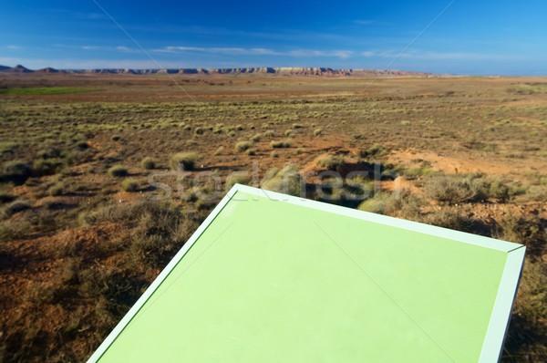 Senal verde paisaje hierba campo mesa Foto stock © pedrosala