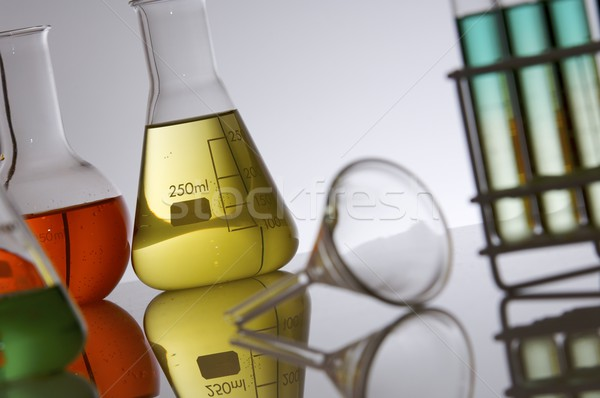 Cristalería reflexiones laboratorio verde medicina azul Foto stock © pedrosala