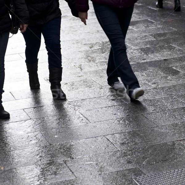 Marche pavés rue vieux ville Madrid Photo stock © pedrosala