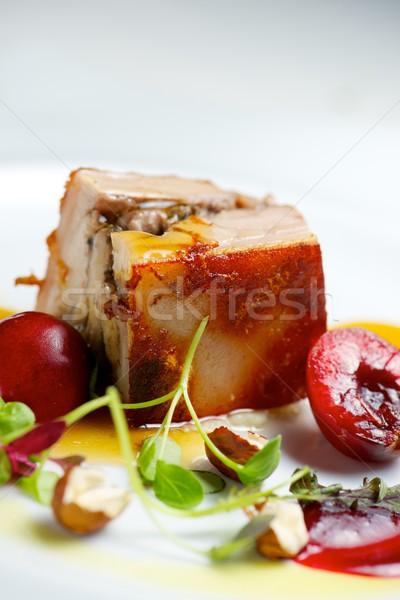 Kismalac anime fehér tányér modern zöldség Stock fotó © pedrosala