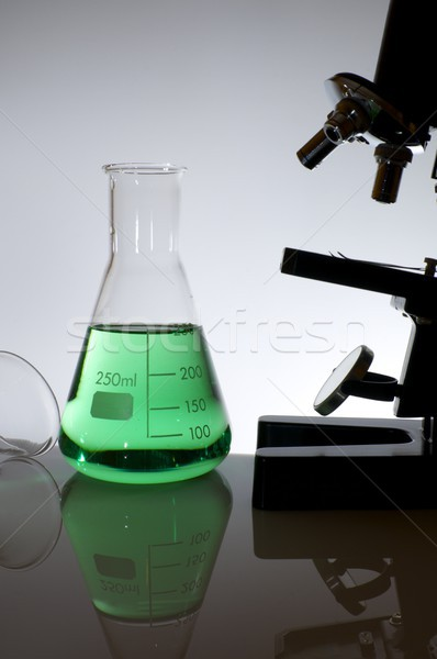 Laboratorio cristalleria microscopio bianco vetro Foto d'archivio © pedrosala