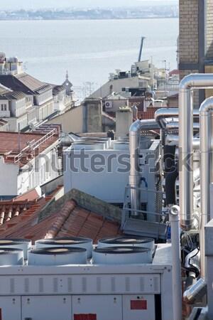 Climatisation vue énorme groupe toit bâtiment Photo stock © pedrosala