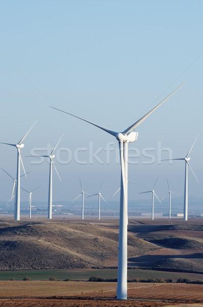 Elektrik üretim açık gökyüzü teknoloji alan grup Stok fotoğraf © pedrosala