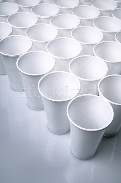 Desechable platos blanco plástico Foto stock © pedrosala