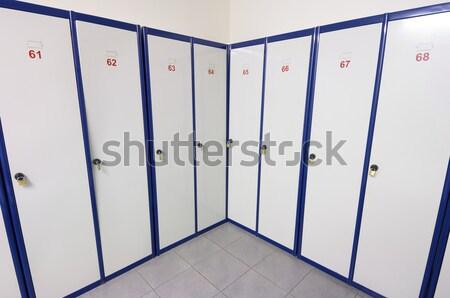 Fehér kék ruházat személyes ajtó biztonság Stock fotó © pedrosala