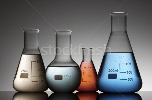 Laboratoire quatre liquide à l'intérieur verre Photo stock © pedrosala