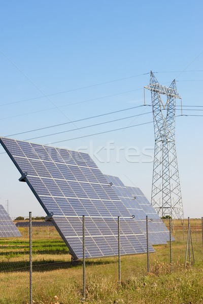 Zonne-energie fotovoltaïsche hernieuwbare elektrische productie technologie Stockfoto © pedrosala