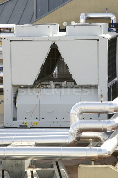Climatisation vue énorme groupe toit bureau Photo stock © pedrosala
