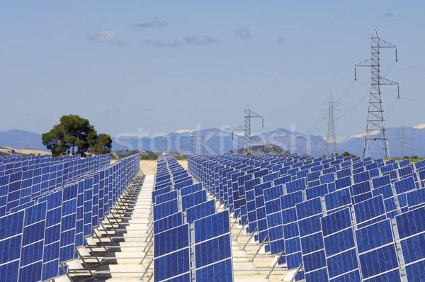 Zonne-energie fotovoltaïsche hernieuwbare elektrische energie productie Stockfoto © pedrosala