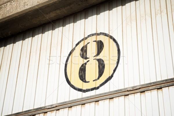 Foto stock: Número · oito · metal · cego · arquitetura