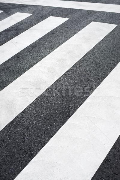 Zebra weg straat kruis snelweg verkeer Stockfoto © pedrosala