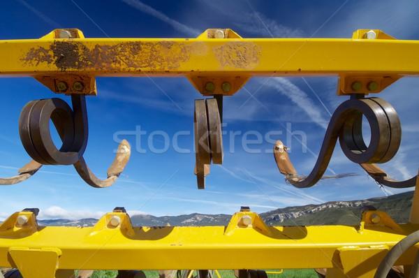 Rolniczy narzędzie żółty Błękitne niebo kolor rolnictwa Zdjęcia stock © pedrosala