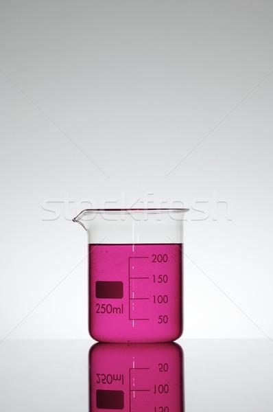 химический стакан жидкость фон промышленности лаборатория лаборатория Сток-фото © pedrosala
