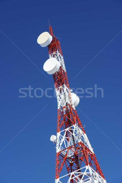 Telecommunicatie toren blauwe hemel business hemel televisie Stockfoto © pedrosala