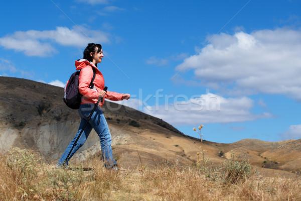 туристических женщину гор облачный небе путешествия Сток-фото © pekour