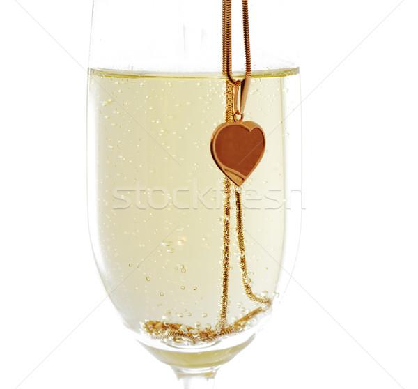Copo de vinho vinho dourado coração Foto stock © pekour