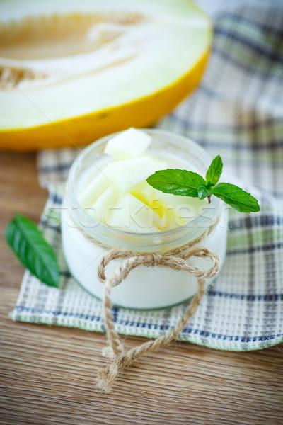 Joghurt dinnye édes darabok menta gyümölcs Stock fotó © Peredniankina