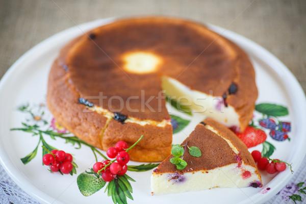 Puding bogyók édes tányér gyümölcs nyár Stock fotó © Peredniankina
