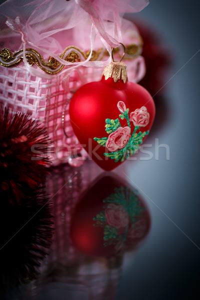 Karácsony piros szívek girland fekete boldog Stock fotó © Peredniankina