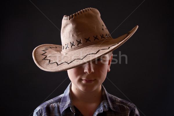 Retrato menino chapéu de cowboy preto moda fundo Foto stock © Peredniankina