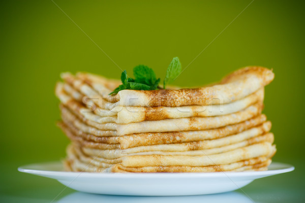 Beaucoup léger plaque vert alimentaire Photo stock © Peredniankina