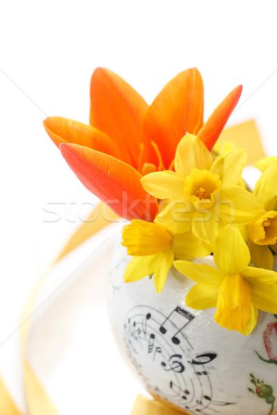 Boeket Geel narcissen klein tulpen vaas Stockfoto © Peredniankina