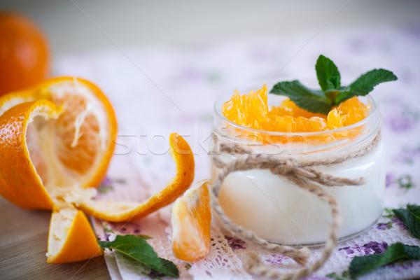 Yoghurt mandarijn- sinaasappelen home zoete vruchten Stockfoto © Peredniankina