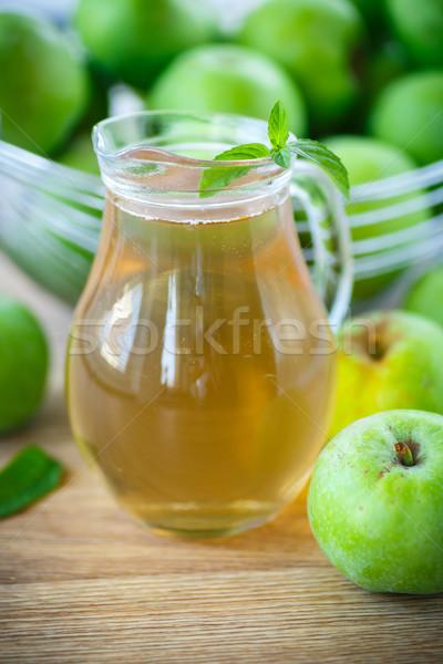 Alma zöld almák gyümölcs üveg háttér Stock fotó © Peredniankina
