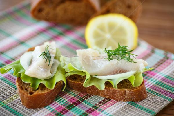 Szendvics sózott saláta asztal étel kenyér Stock fotó © Peredniankina