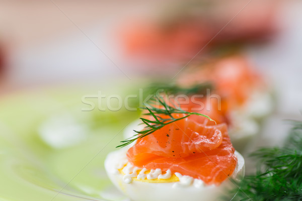 Gekookt eieren gezouten zalm kruiden vis Stockfoto © Peredniankina