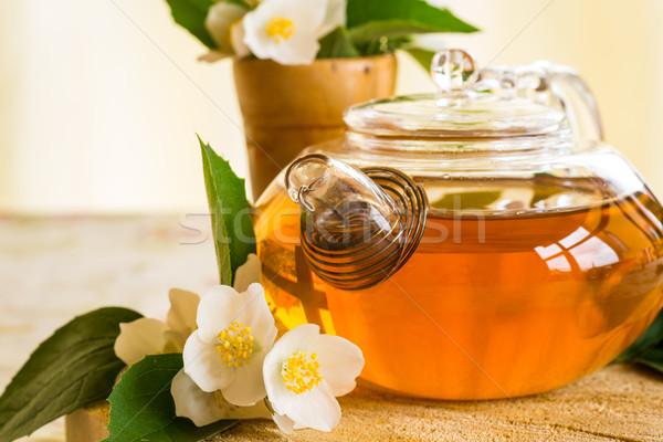 Kokulu çay demlik tablo cam içmek Stok fotoğraf © Peredniankina