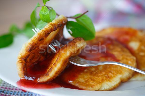 Confiture sweet fruits plaque déjeuner Photo stock © Peredniankina