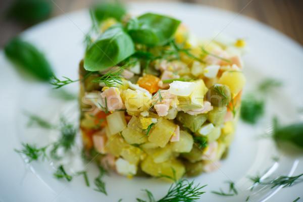 Zöldség saláta uborkák pázsit háttér hús Stock fotó © Peredniankina
